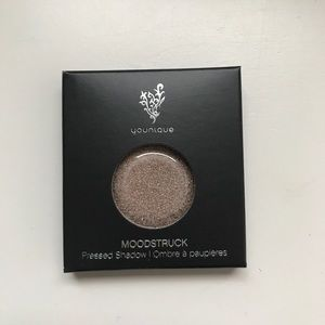 Younique Joyful Pressed Shadow Compact